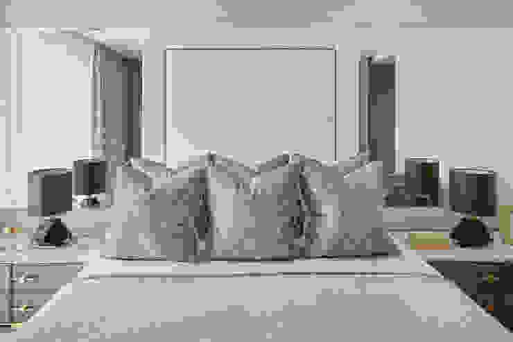 Thomas Earle, Kensington Celine Interior Design BedroomBeds & headboards