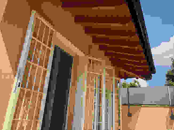 Inferriata su balcone, a due ante Officine Locati Finestre & Porte in stile classico Ferro / Acciaio