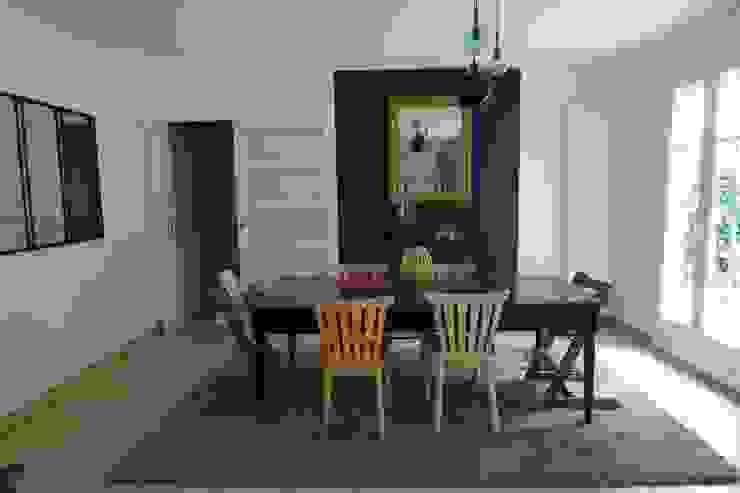 HENRY's Decoration Comedores modernos Madera Azul