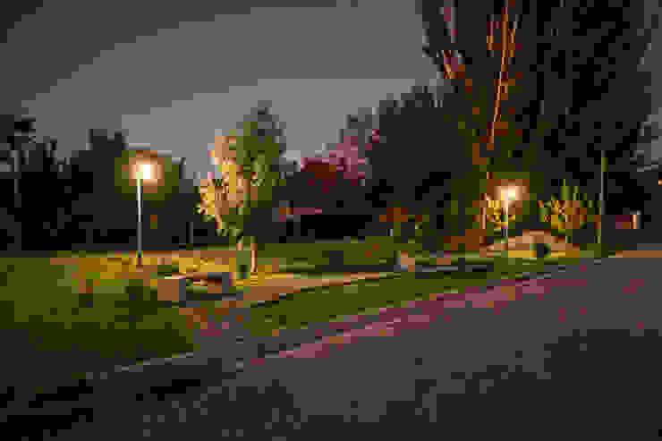 Parque Aida tropeano& Asociados Jardines de estilo moderno Piedra Verde