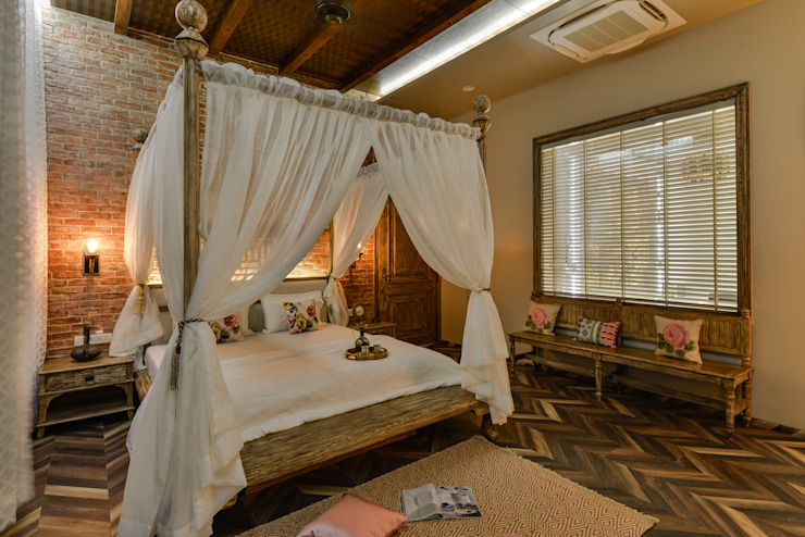 PARAS VILLA Innerspace Colonial style bedroom