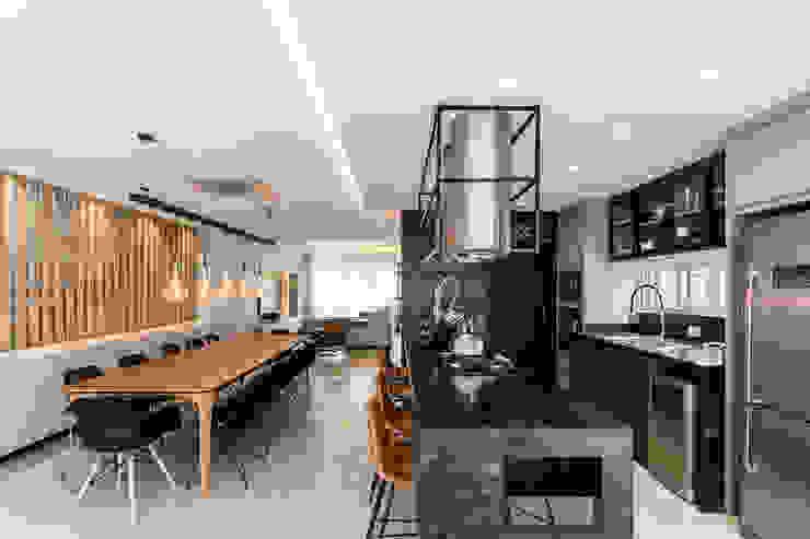 Karolinna Venturi Arquitetura e Design Industrial style kitchen