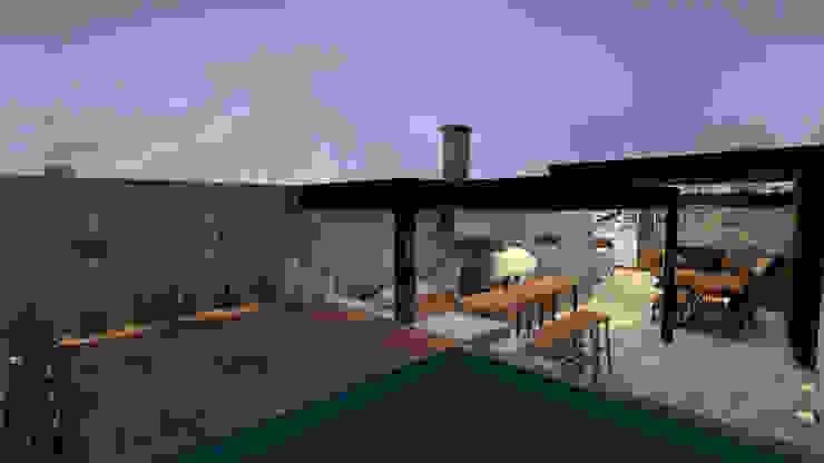 Proy. Chacarilla| Terraza KIARA NOVOA INTERIORISTA Balcones y terrazas modernos