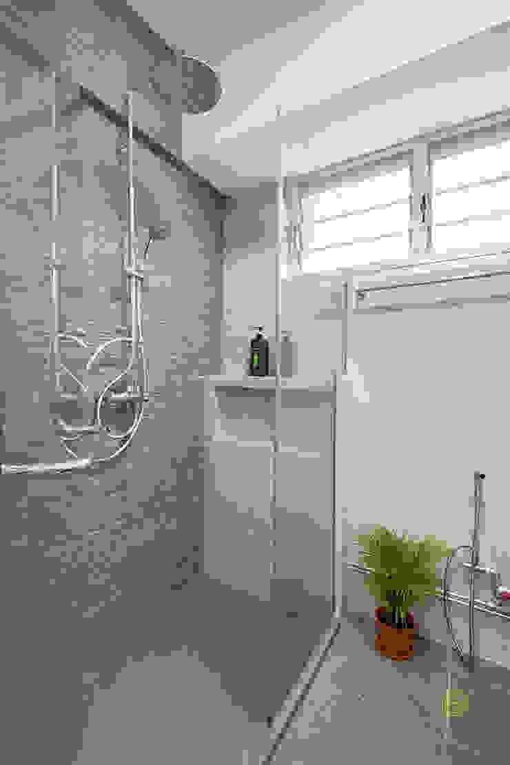 Pasir Ris Ovon Design Modern bathroom