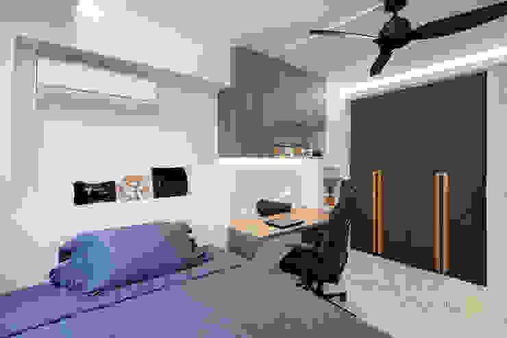 Pasir Ris Ovon Design Modern style bedroom