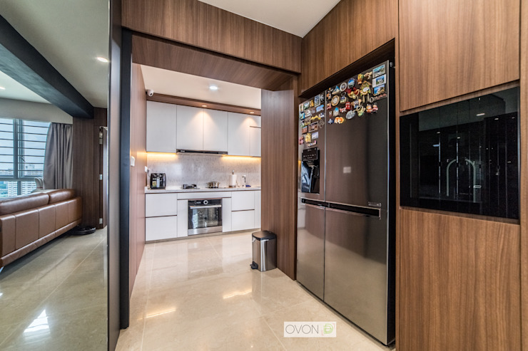 Toa Payoh Rise Modern kitchen by Ovon Design Modern