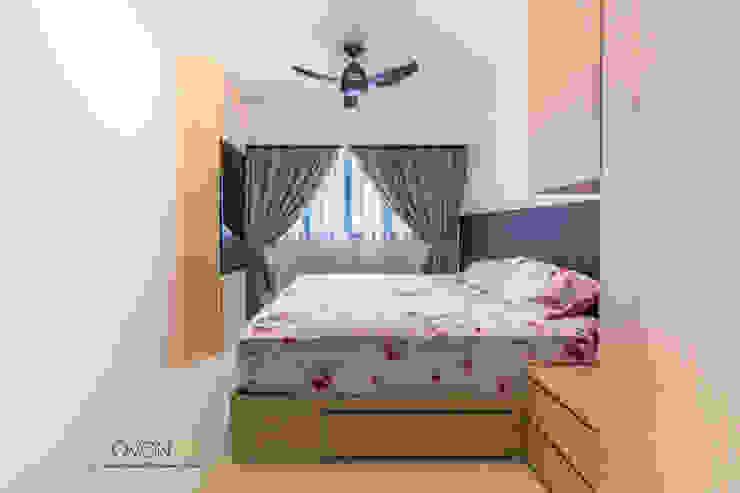 Fernvale Link Modern style bedroom by Ovon Design Modern