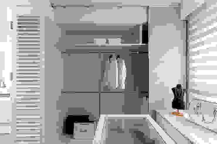 更衣室 Modern Dressing Room by 存果空間設計有限公司 Modern