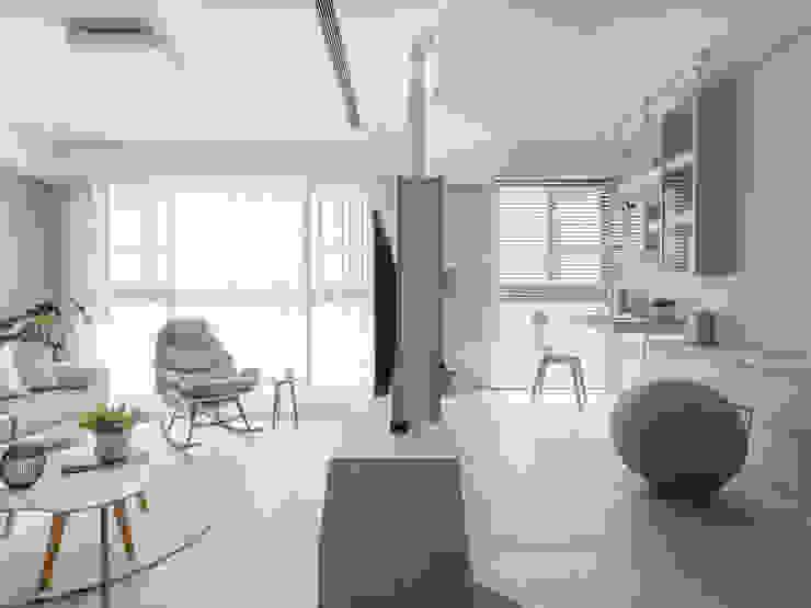 客廳 書房 Modern Living Room by 存果空間設計有限公司 Modern