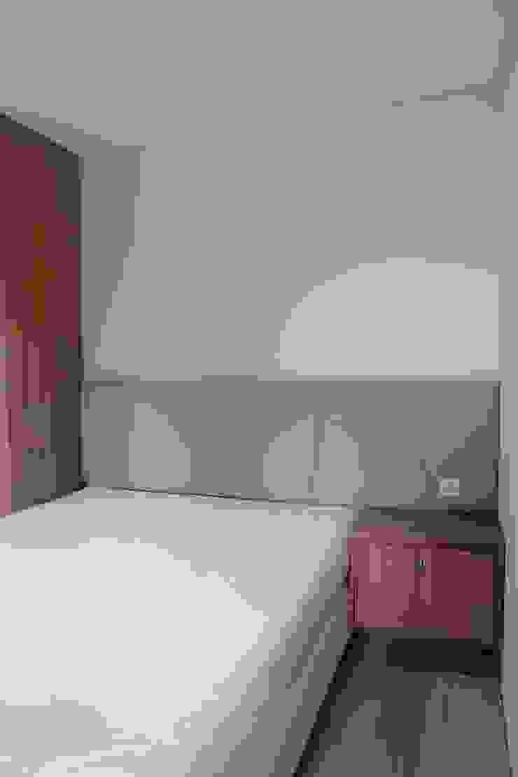 bedroom:modern  oleh MF DESIGN, Modern