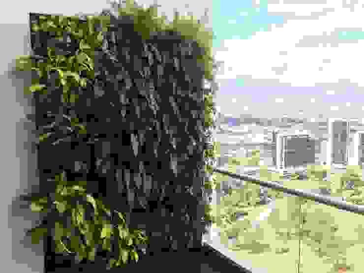 Jardín Vertical PENTHOUSE URRETA Arquitectura del Paisaje Jardines de estilo tropical