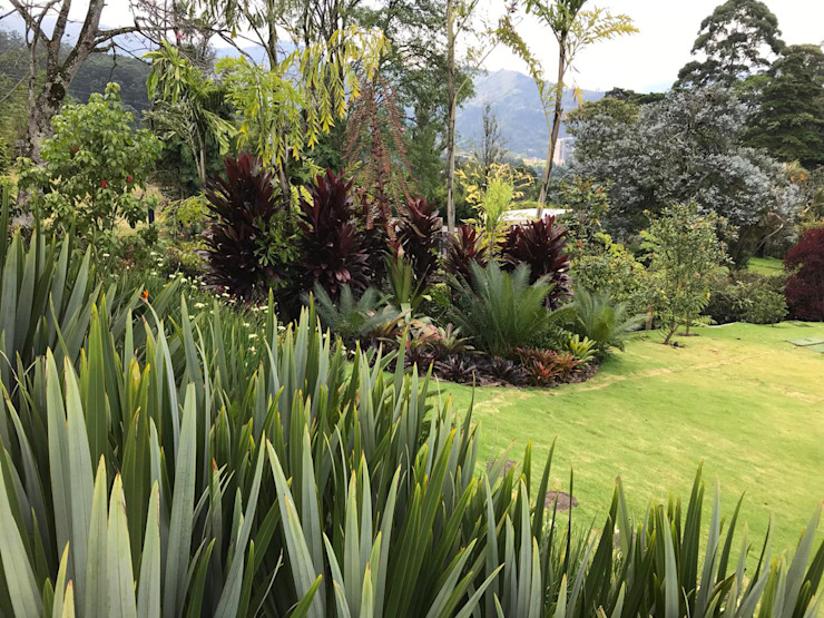 PAISAJE DE JARDINES URRETA Arquitectura del Paisaje Jardines de estilo tropical