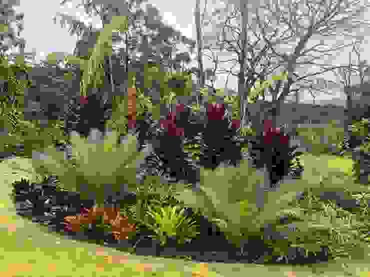 DETALLE JARDÍN ASOCIACIÓN TROPICAL URRETA Arquitectura del Paisaje Jardines de estilo tropical