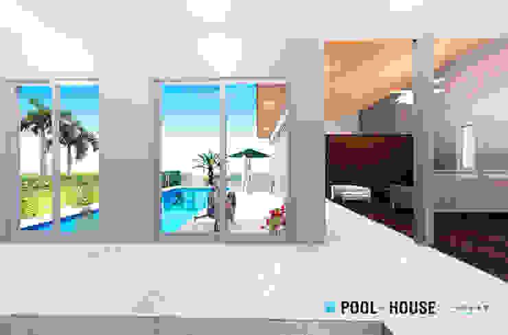 PROSPERDESIGN ARCHITECT OFFICE/プロスパーデザイン Pasillos, vestíbulos y escaleras de estilo ecléctico