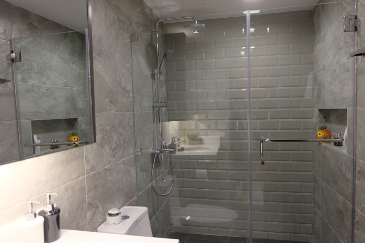 2BR Condo @ East Horizon, Ortigas Modern bathroom by D3ID Design and Build Modern
