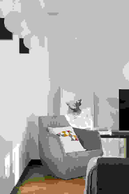 Salas multimedia de estilo moderno de Egue y Seta Moderno