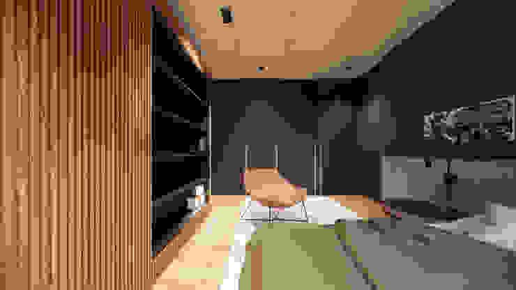 Suíte moderna preta com madeira Quartos minimalistas por Saulo Magno Arquiteto Minimalista