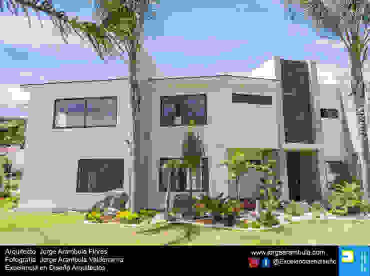 Residencia Copal Excelencia en Diseño Casas unifamiliares Blanco