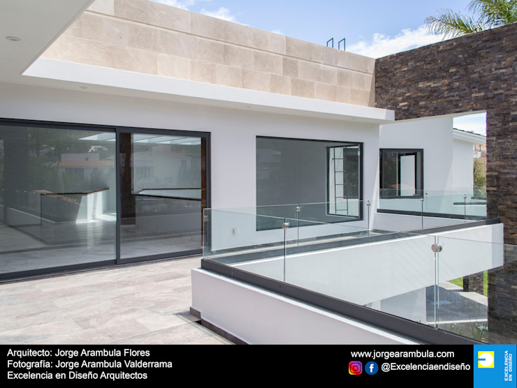 Residencia Copal Excelencia en Diseño Balcones y terrazas modernos