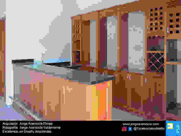 Residencia Copal Excelencia en Diseño Bodegas modernas Madera