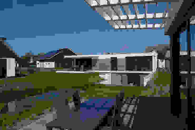Casas modernas de hans moor architects Moderno