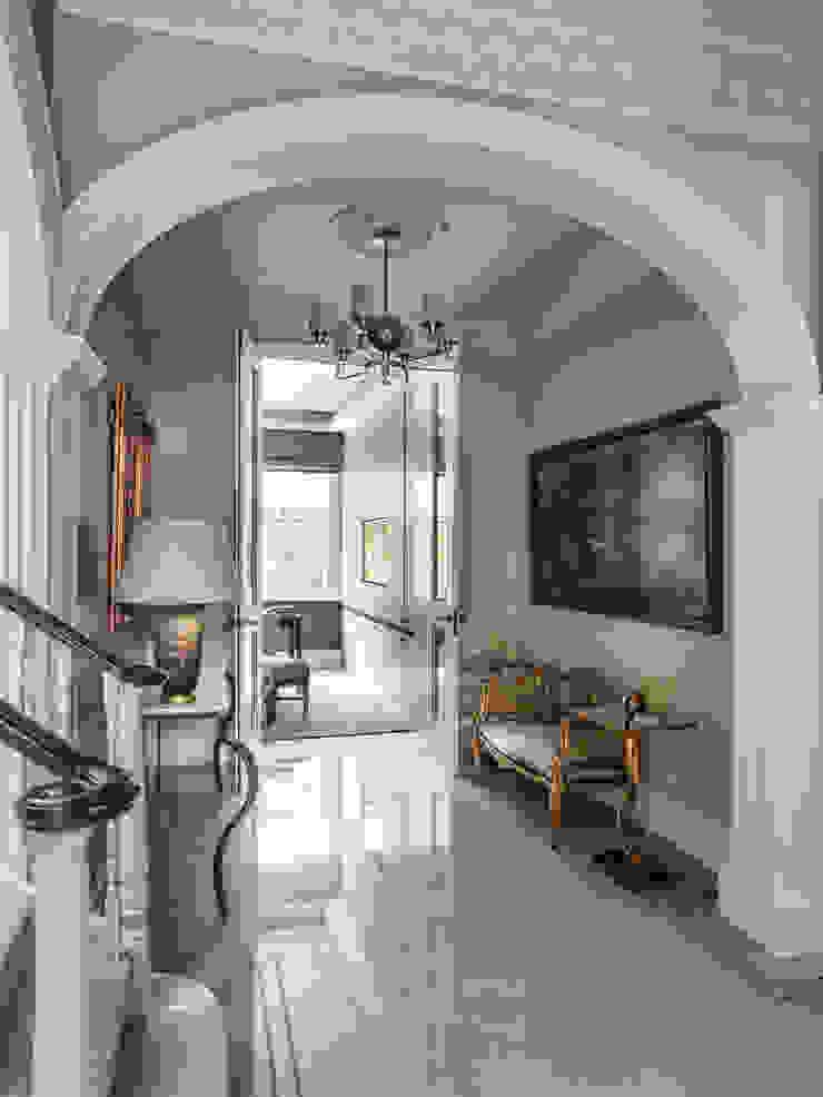 Carlton Hill, Entrance Hallway Roselind Wilson Design Pasillos, vestíbulos y escaleras clásicas