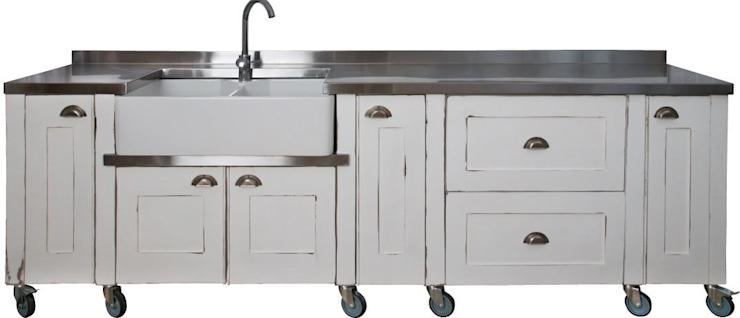 Swedish Style Butler Sink Unit: modern  by Milestone Kitchens, Modern Wood Wood effect