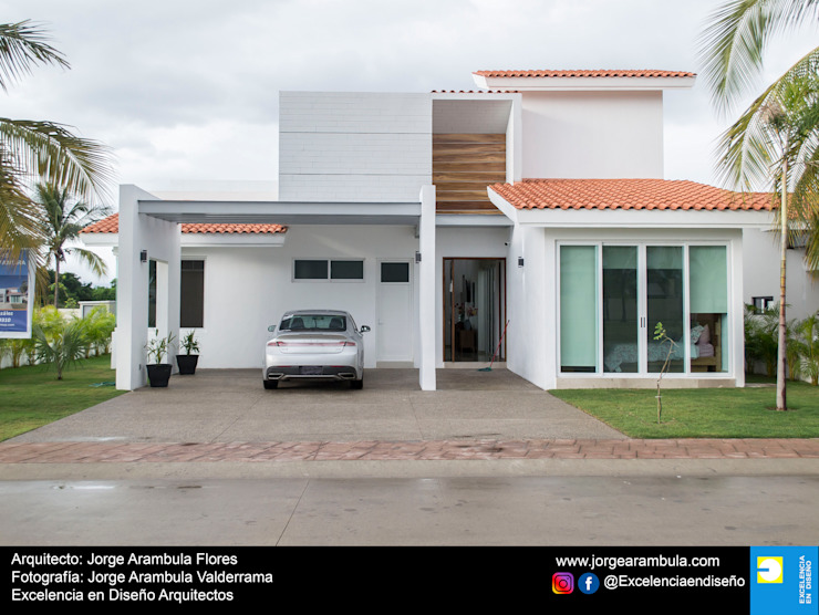 Casa Alejandra Excelencia en Diseño Casas modernas Blanco