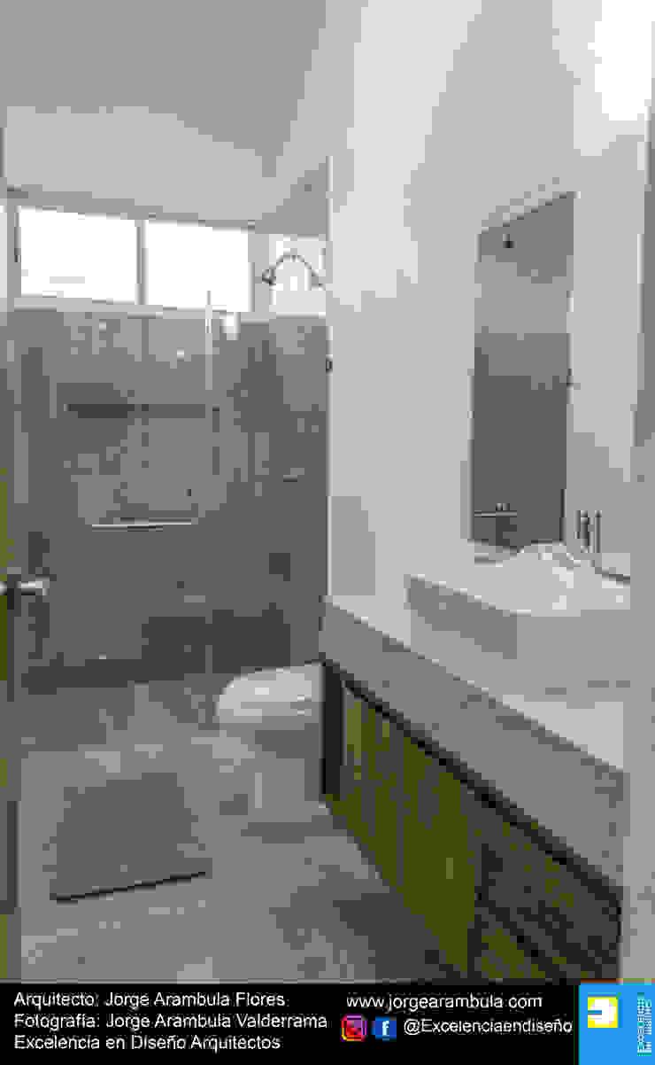 Casa Alejandra Baños modernos de Excelencia en Diseño Moderno Mármol