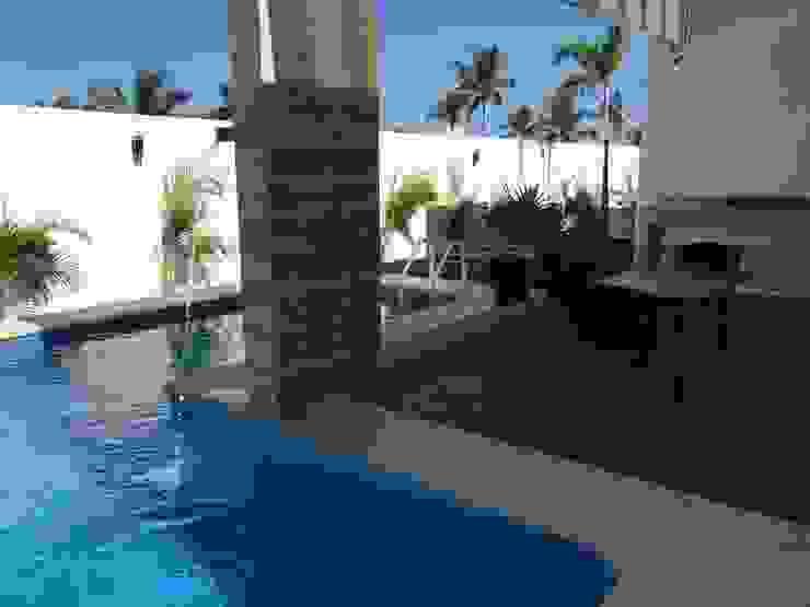 Casa Alejandra Albercas modernas de Excelencia en Diseño Moderno