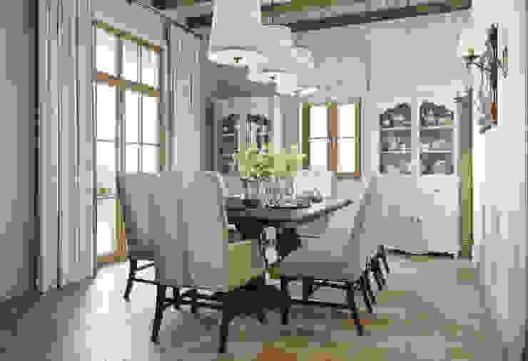 MARION STUDIO Mediterranean style dining room
