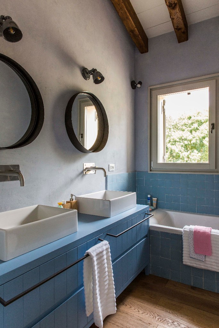 Domenico Mori Mediterranean style bathrooms