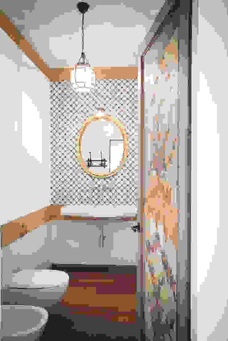 Domenico Mori Rustic style bathroom