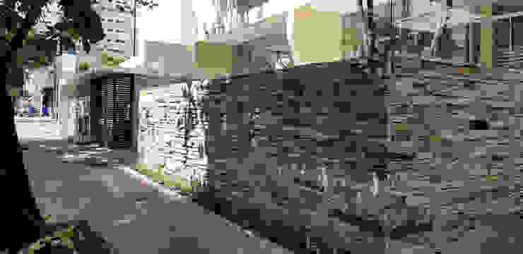 by BRITA ARQUITETURA Modern Stone