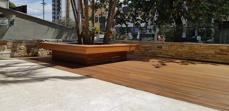 Modern Terrace by BRITA ARQUITETURA Modern Wood Wood effect