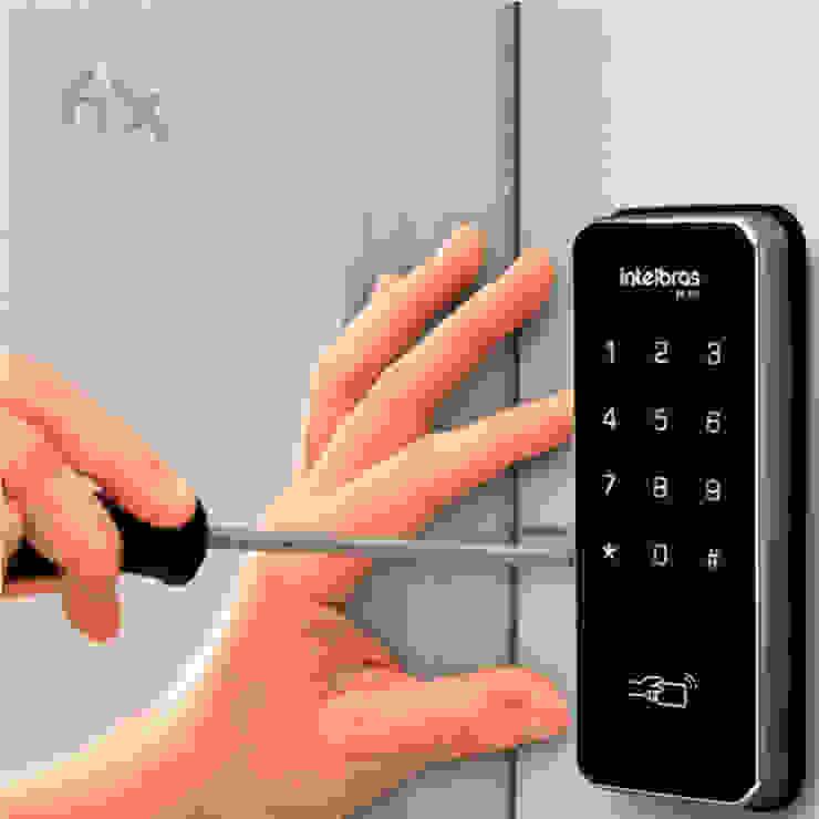 Instalação de Fechadura Digital em Blumenau bởi Fix Serviços