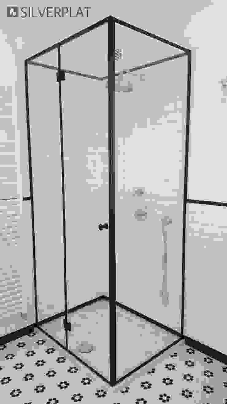 SILVERPLAT Industrial style bathrooms Black