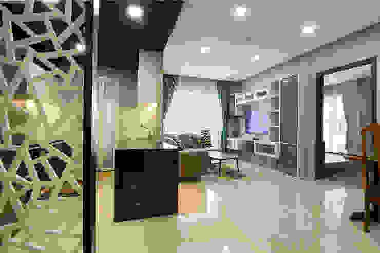 Modern Living Room by Công ty trang trí nội thất RIM Decor Modern