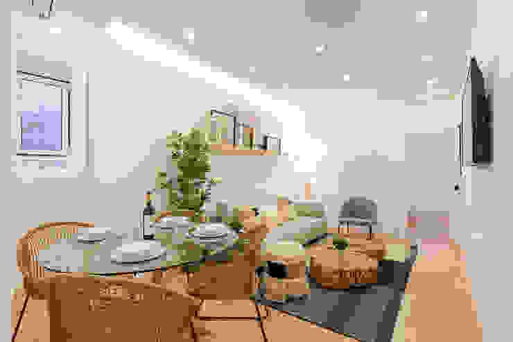 Apartamento Principe Real- Lisboa, Portugal Salas de estar escandinavas por GGArqui Escandinavo