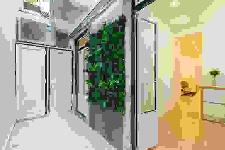 Apartamento Principe Real- Lisboa, Portugal Varandas, marquises e terraços minimalistas por GGArqui Minimalista