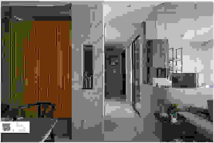 玻璃屋書房 / 時尚現代宅 現代風玄關、走廊與階梯 根據 築沃空間設計室內裝修工程有限公司 現代風