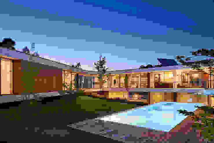 MC House Atelier d'Arquitetura Lopes da Costa Casas modernas
