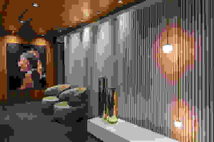 Hall Social | Detalhes Painel Radiatore/Cinex Arquitetura Sônia Beltrão & associados Espaços comerciais minimalistas Alumínio/Zinco Multi colorido