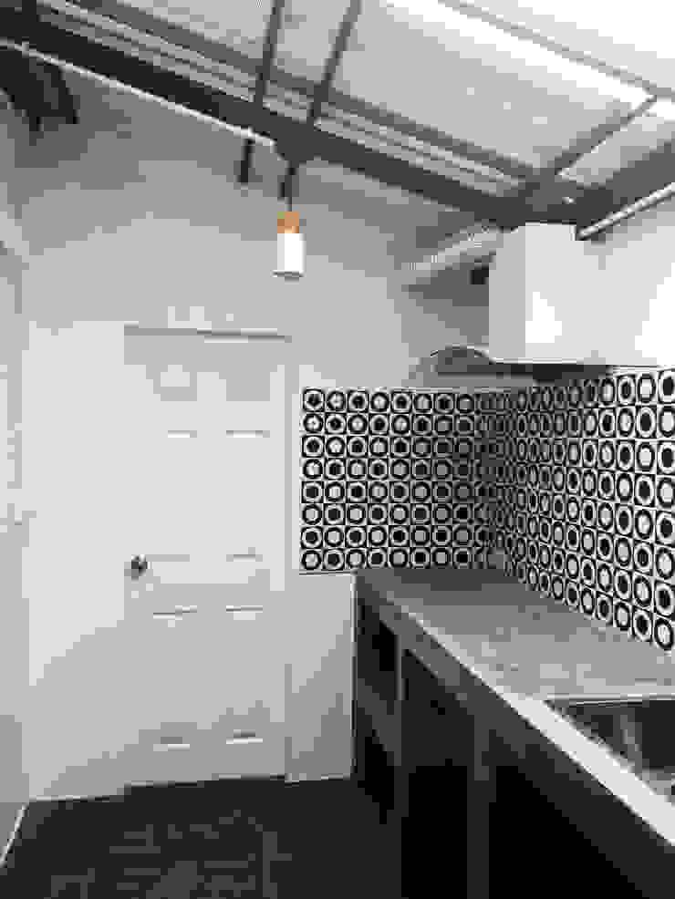 งานครัวปูนเปลือย โดย บริษัท บีบี เฮ้าส์ คอนสตรัคชั่น จำกัด