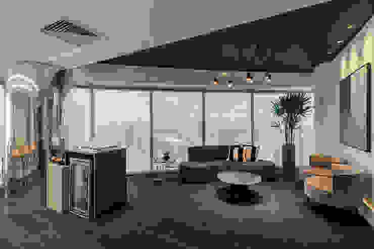 Estar Sala de Reunião 1 Arquitetura Sônia Beltrão & associados Espaços comerciais minimalistas Madeira Azul