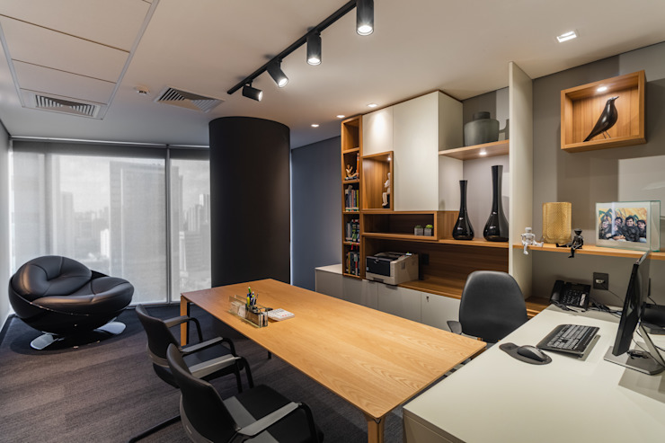Sala Sócio Diretor Arquitetura Sônia Beltrão & associados Espaços comerciais modernos Madeira Multi colorido