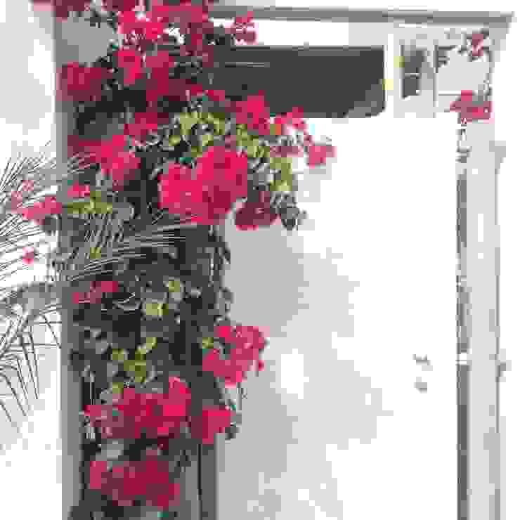 Entrada casa de playa Arquitectura Viva - Alexandra Patow Puertas principales