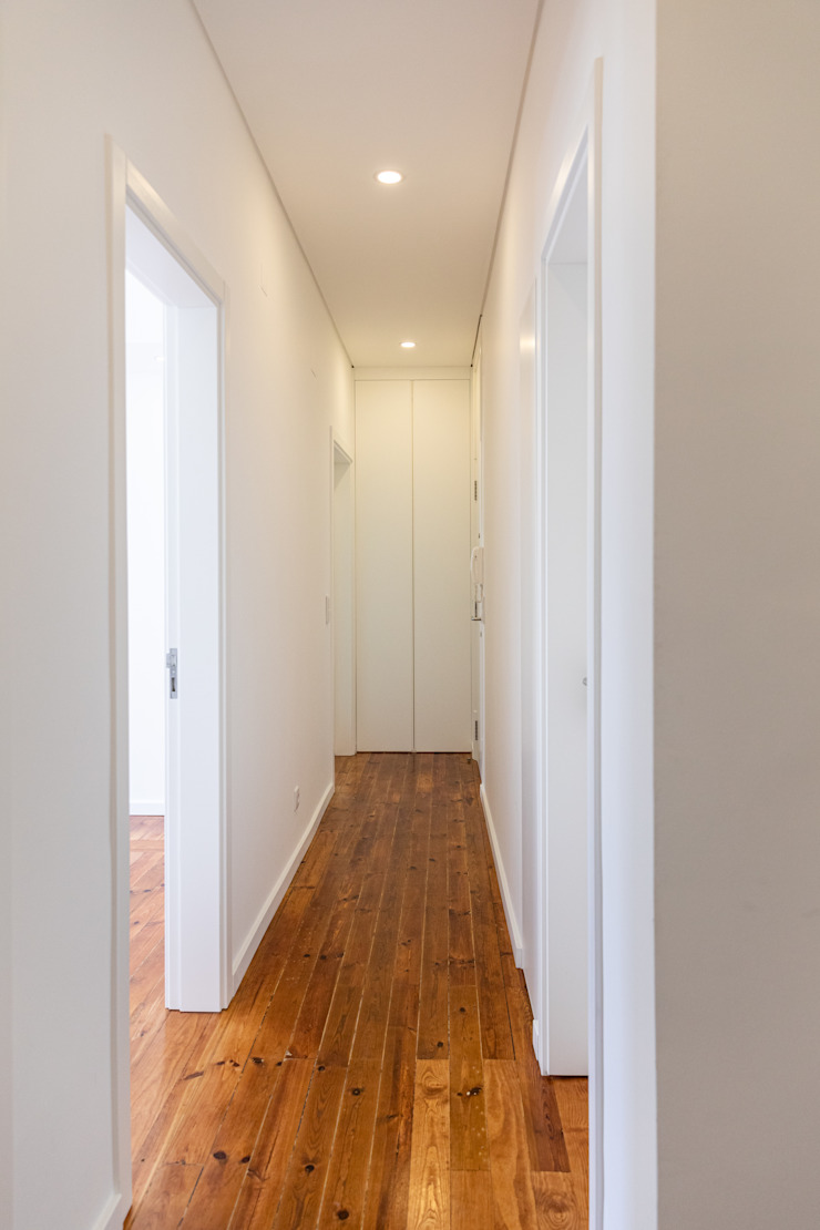 Decor-in, Lda Modern corridor, hallway & stairs Wood White