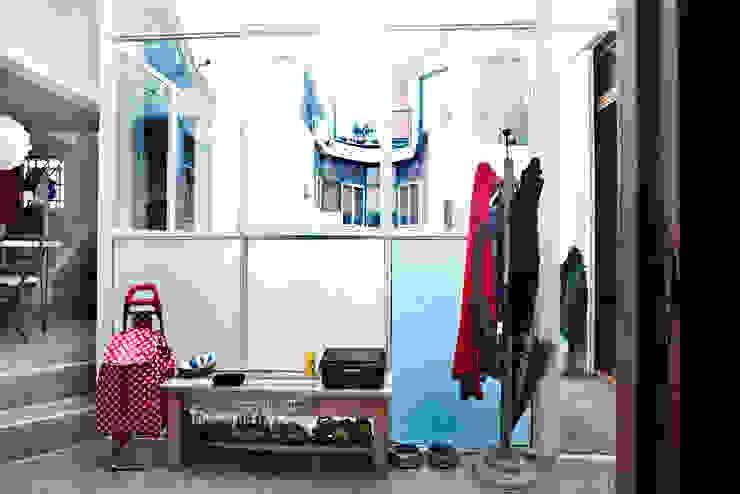Reforma de un PH Ba75 Atelier de Arquitectura Pasillos, vestíbulos y escaleras modernos