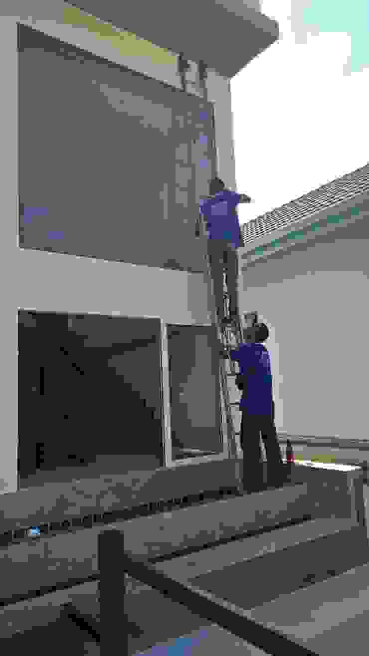 Window and Door โดย DeKu German Windows Co.,ltd โมเดิร์น พลาสติก